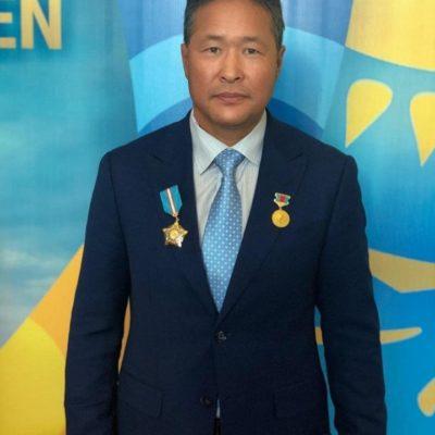 Коллектив Казахского государственного цирка поздравляет!