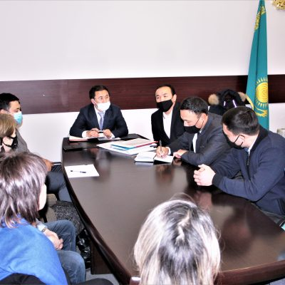 The Kazakh State Circus was visited by the Head of the Department of Culture of Almaty city Gani Aidarovich Mailibayev.